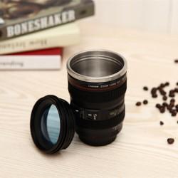 Kaffeetasse Becher in Form eines Canon Objektivs 24-105 aus Inox Grösse 1:1